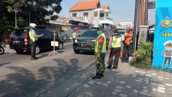 Aparat Gabungan Jaga Ketat Jalur Benowo Pasca Hari Raya Idul Fitri