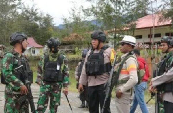 TNI-Polri Dalam Menangani Teroris OPM di Papua Tidak Pernah Melibatkan Masyarakat Sipil