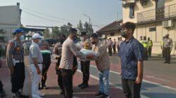 Polres Bangkalan, Yayasan Budha Tzu Chi dan Himpunan Pengusaha NKRI Salurkan Bantuan untuk Warga Terdampak Covid