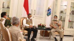 Bahas Aksi Penanganan Lonjakan Covid-19 di Ibu Kota, Kepala BNPB Datangi Anies Baswedan