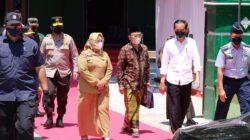 Didampingi Forkopimda Jatim, Presiden Jokowi Cek Vaksinasi di Ponorogo