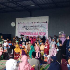 Komunitas Sister's Fillah Kabupaten Sumenep Santuni Anak Yatim dan Dhu'afa